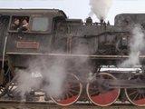 辽宁二战古董蒸汽机在重新上路运行