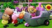 兔小姐的校车坏了 汪汪队立大功的灰灰帮忙修理 接送小猪佩奇和朋友们 02