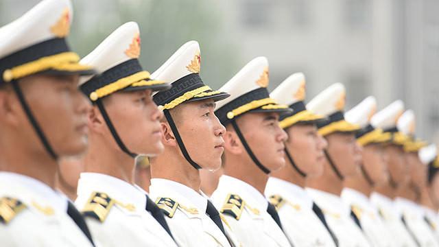 徐光裕与罗援谈人民军队的红色基因