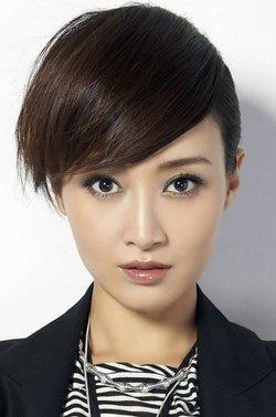 歌手龚玥素颜照
