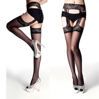情趣诱惑绢感蕾丝连体吊带袜 高清图片