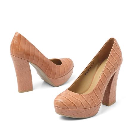 鳄鱼纹牛皮女皮鞋