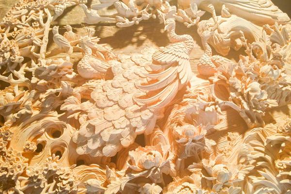 剑川木雕产于云南省大理州剑川县,是白族人民在吸收汉族和周边各少数