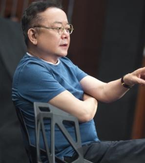 王刚:粉丝不愿让爱豆扮丑 那他只是流量不是演员