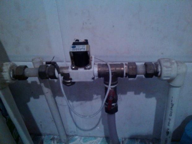 请问这是太阳能上水阀吗(fcd.3-448fdc编号的电磁阀)