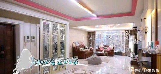 走进舒畅的豪宅设计,这客厅面积也太大了吧,看上去空荡荡的