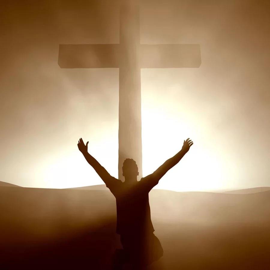 耶稣为什么要绑在十字架上面