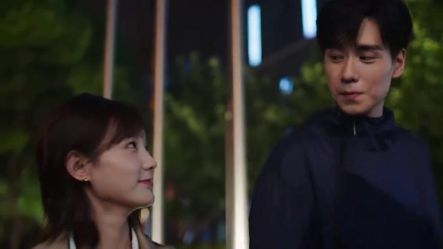 我的时代你的时代:情侣出门就是要牵手嘛,吴白终于懂了