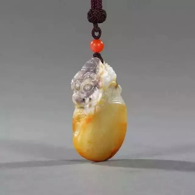 鉴赏 翡翠圆雕技艺把玉石工艺表现的淋漓尽致!
