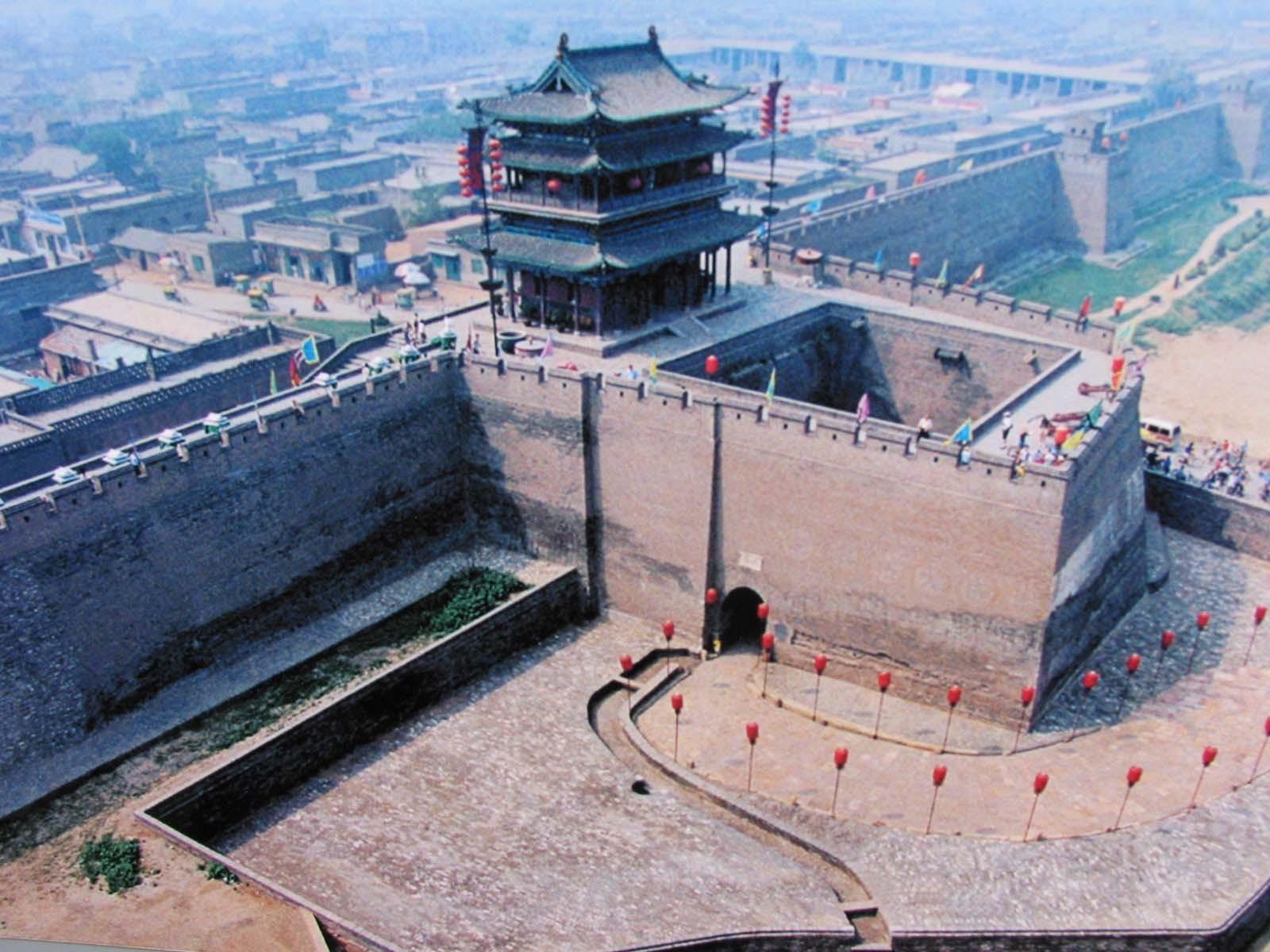 古城历史 平遥古城位于中国北部山西省的中部,始建于西周宣王时期