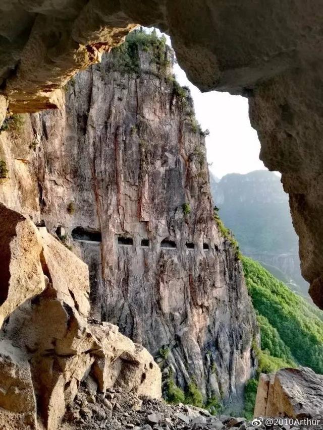 与郭亮村一山之隔的山西昆山挂壁公路更长更窄更险              【图文转载】 - 兰州李老汉 - 兰州李老汉(五级拍客)