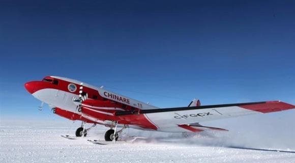 中国固定翼飞机完成东南极关键区域航空探测