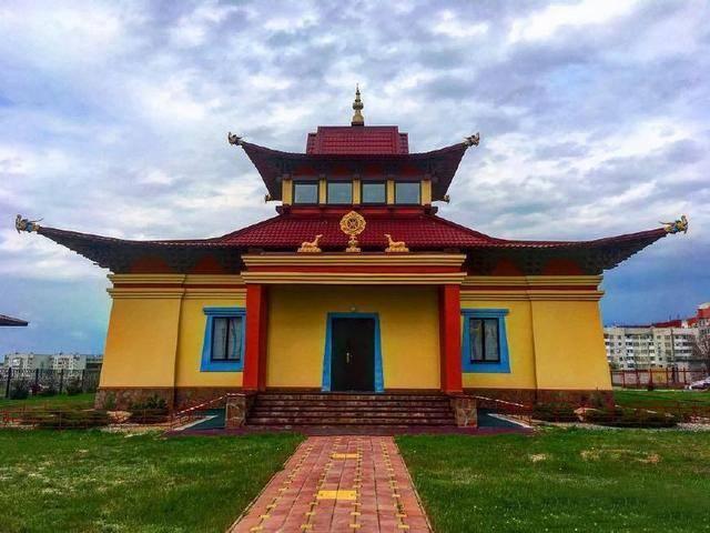 欧洲唯一信奉佛教的国家,祖先来自中国,和中国的新疆有关系_图4
