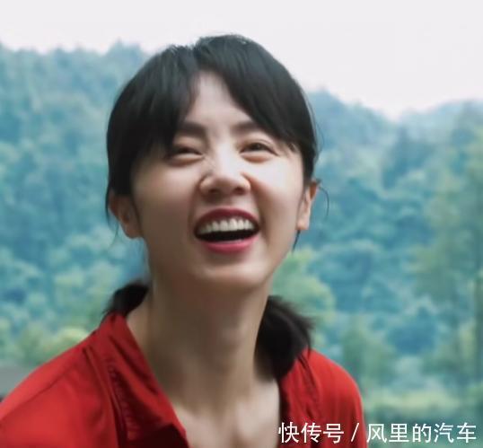 黄磊、孙莉夫妻相处模式上热搜,所谓向往的生活,就是和爱的人一起生活