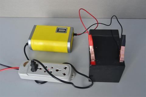 如汽车上蓄电池的充电