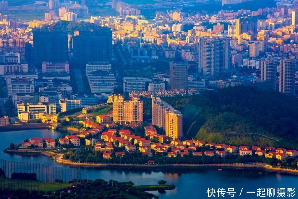 我国人口最多的五个镇,你的家乡有上榜吗?