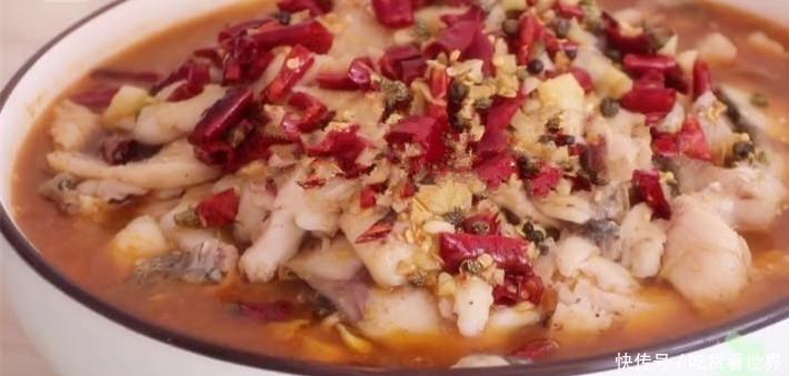 水煮鱼的新做法,色香味美,家人都喜欢吃