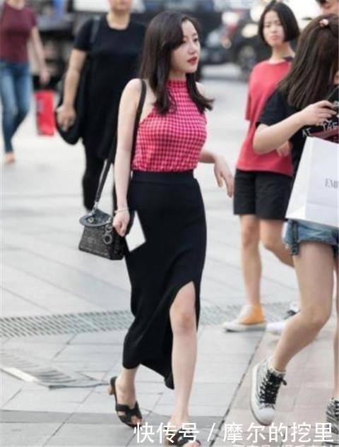 <b>路人街拍,迷人性感的美女,时尚元素尽显身段优美曲线</b>