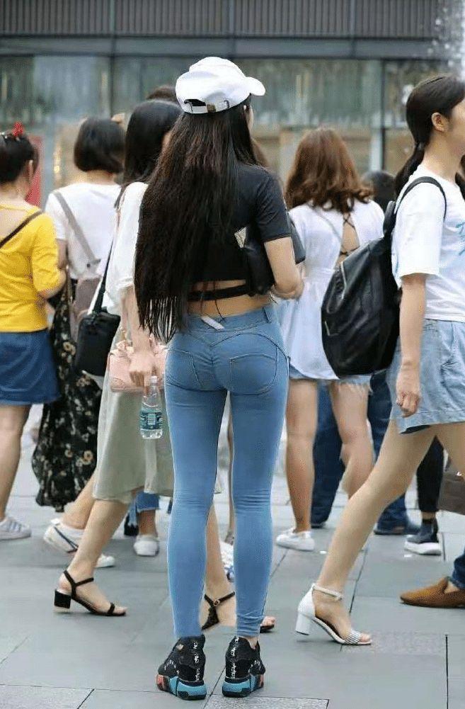 """小姐姐穿的这是""""无痕裤"""",最近很火!插图(2)"""