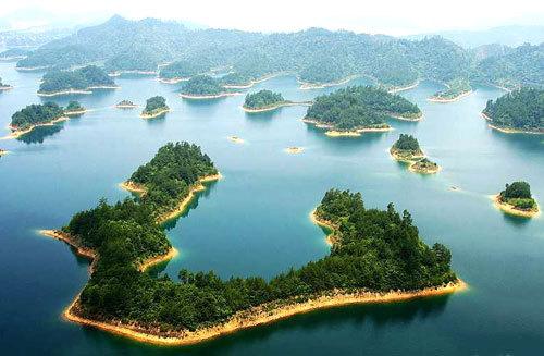 1,千岛湖碧波浩瀚,湖水清澈