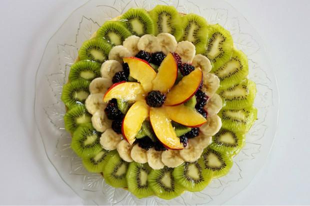 带月饼的水果拼盘做法