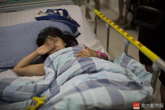 【转】北京时间      9岁女孩遭两疯狗狂咬 腿上都是血窟窿 - 妙康居士 - 妙康居士~晴樵雪读的博客
