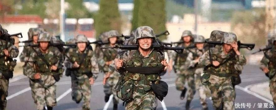 普通人跑步容易得的跑步膝,为什么军人却很少?他们是铁打的吗?