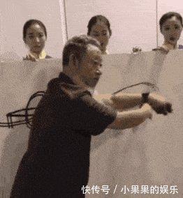 中国美院教授王冬龄,一场竹子书法,用掉5亩山林770根竹子,浪费