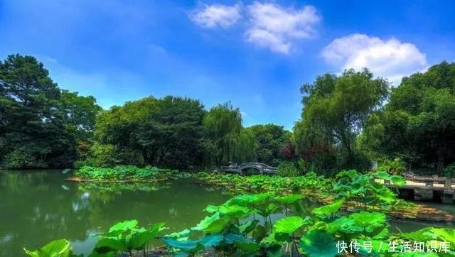 景点名称:西湖风景名胜区 景点地址:浙省杭州市西湖区西湖风景区