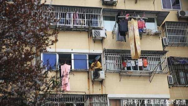邻居向我家空调外机上撒尿,漏电被电死亡,我要承担责任赔钱吗?