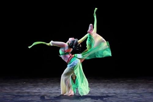 古典舞好看的造型图片