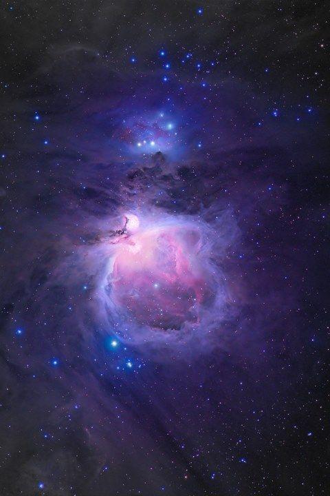 我想找背景是星空的qq皮肤,谁能给个网址啊,要大图图片