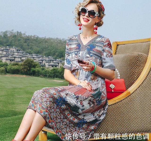 女人到了40岁,唯有精致优雅的穿搭,才能衬托出40岁那份大气