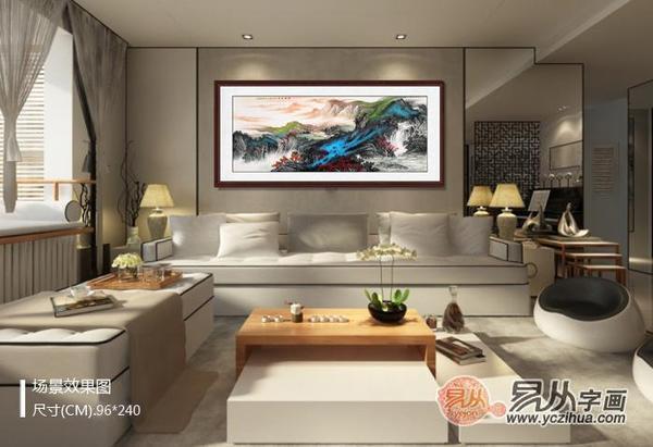 他的沙发背景墙用古典的国画山水与现代气息壁纸作为背景墙的装饰物