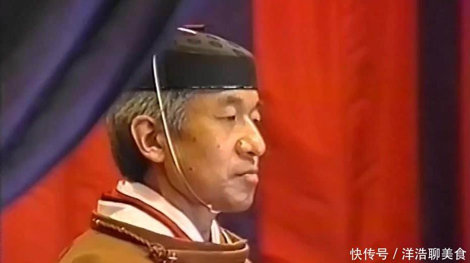 日本25代天皇,9岁即位成荒唐之王,18岁便呜