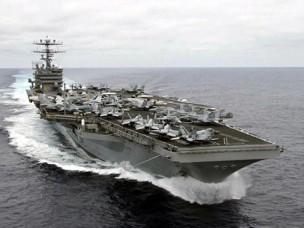 航空母舰的战斗逻辑是用飞机直接把敌人消灭在距离航母数百公里之外的