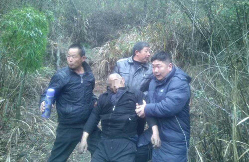离春节不到十天年迈老人上吊自杀,只因儿子外出打工多年不回家 - 周公乐 - xinhua8848 的博客