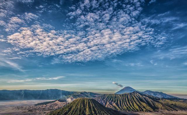 自身没有国教,却全民信教的东南亚国家,人文和自然风景亮了!
