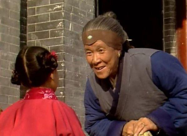 刘姥姥虽是村老妪,她身上有五个过人之处,很多人学不来