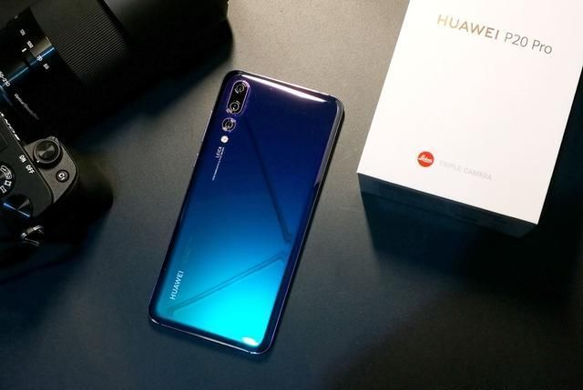 华为手机别乱买!这3款才是2019年最值得买的