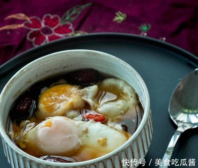 红糖荷包蛋,面色越吃越红润,男人女人都抢着吃