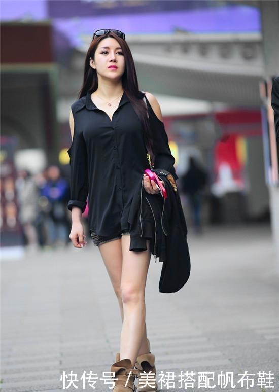 街拍:美若天仙的小姐姐,大长腿十分亮眼,养眼又好看