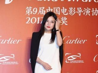 腿粗腰圆!赵薇的身材跟林心如真的比不了,网友:不相信她们同岁!