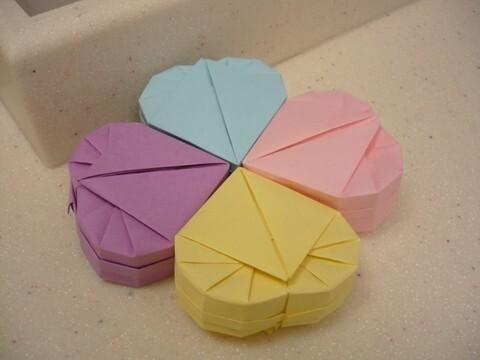 正方形纸叠爱心