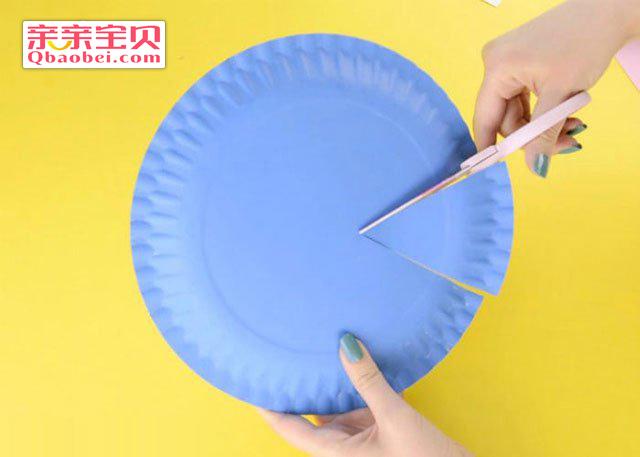 纸盘彩色鱼挂饰手工制作