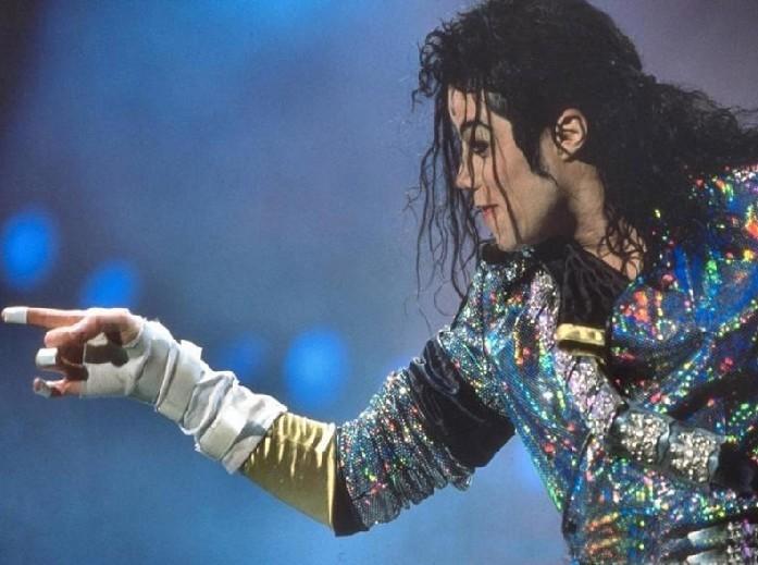 """迈克尔·杰克逊居住的""""梦幻庄园""""占地面积2800英亩图片"""