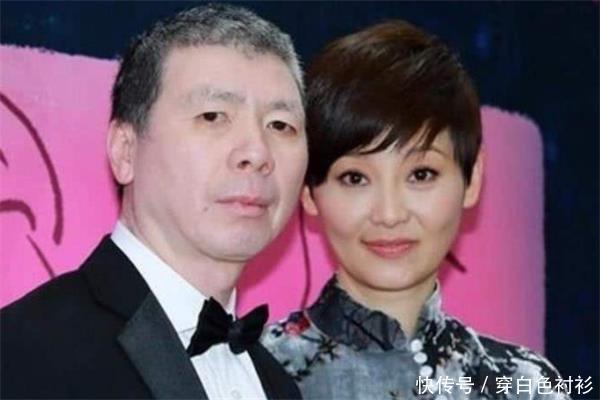 """<b>娱乐圈""""美丑配""""夫妻,第三个已离婚,第四个曾被误认为赵丽颖</b>"""