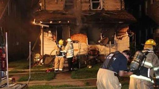 悲剧!美国托儿所发生火灾酿5死,消防员父亲出任务错过救援机会