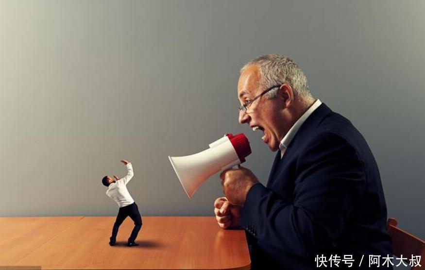 敏感也情绪化,同时善于社交关系的开拓,十有八九都是当老板的料,他们