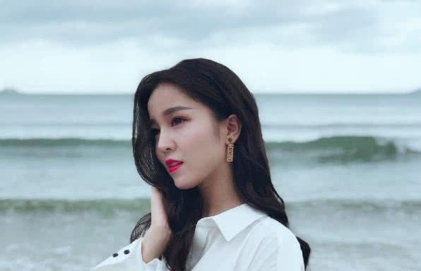 韩国人眼中最美4大女网红,章若楠第三,第一号